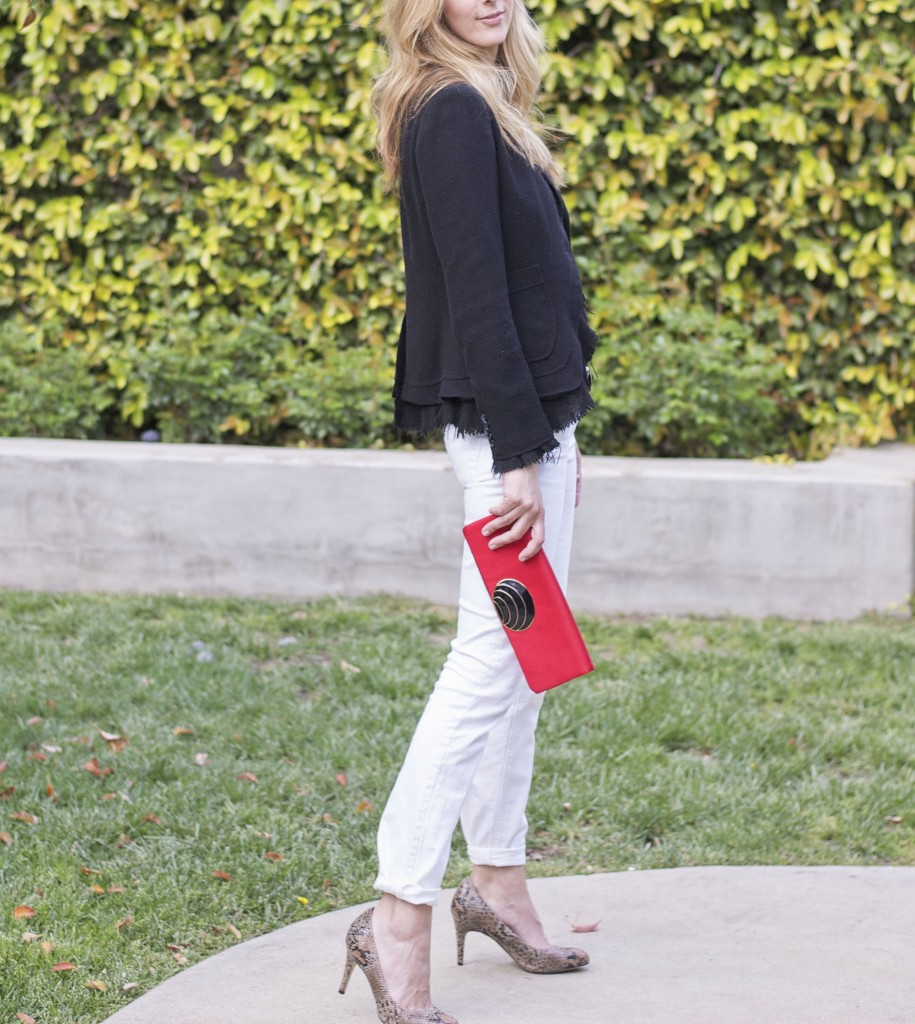 Outfit recipe-white jeans, black blazer