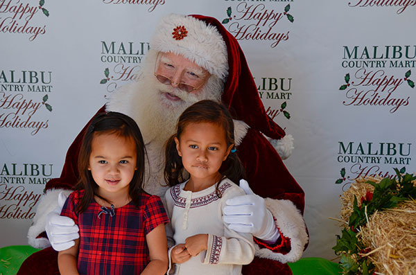 Santa-and-the-girls